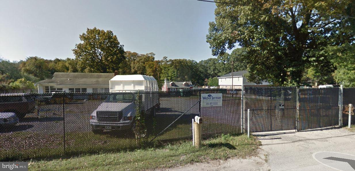 Single Family Homes per Vendita alle ore Pasadena, Maryland 21122 Stati Uniti