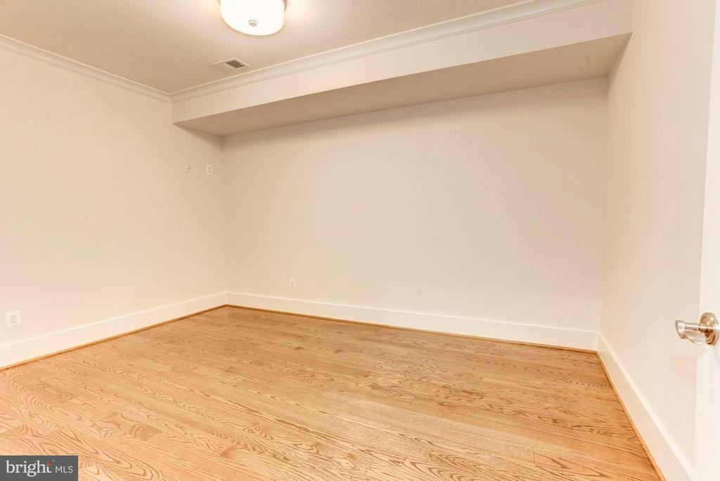 Exercise Room or Multi Purpose Room - 2322 N FILLMORE ST, ARLINGTON