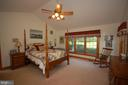 - 17022 SIMMENTAL LN, ROUND HILL