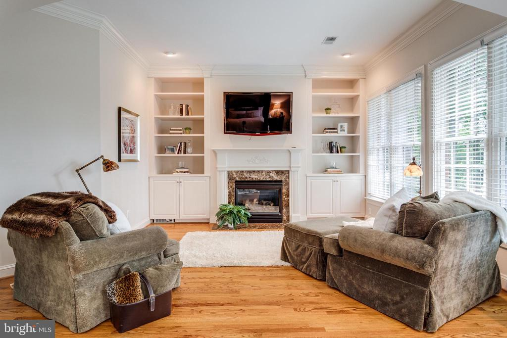 Master Sitting Room - 7787 GLENHAVEN CT, MCLEAN