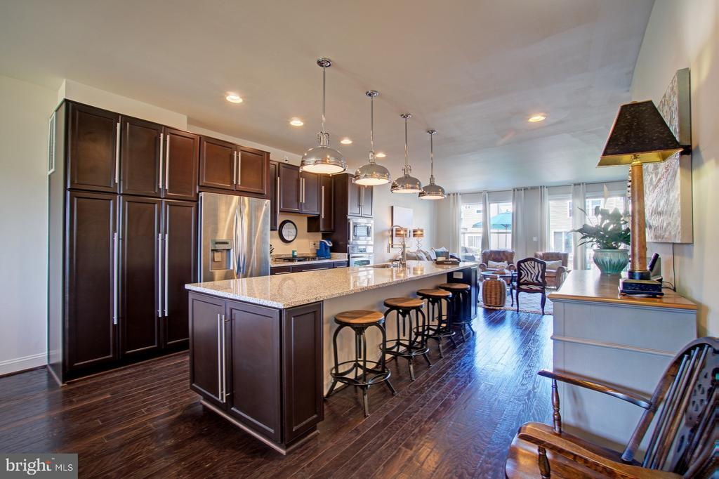 Huge Kitchen Island - Perfect for Entertaining - 42245 BLISS TER, BRAMBLETON