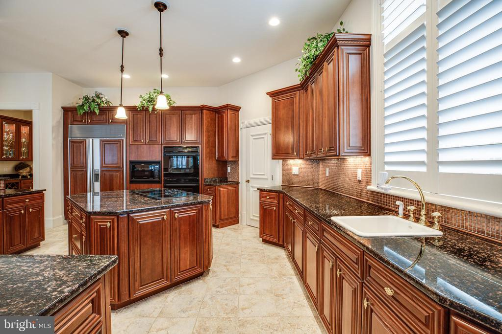 GRANITE COUNTER TOPS - 11510 BALDY EWELL WAY, SPOTSYLVANIA
