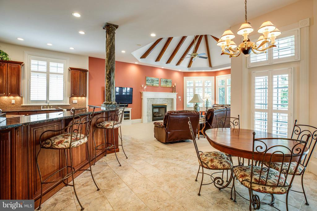 EAT-IN KITCHEN - 11510 BALDY EWELL WAY, SPOTSYLVANIA