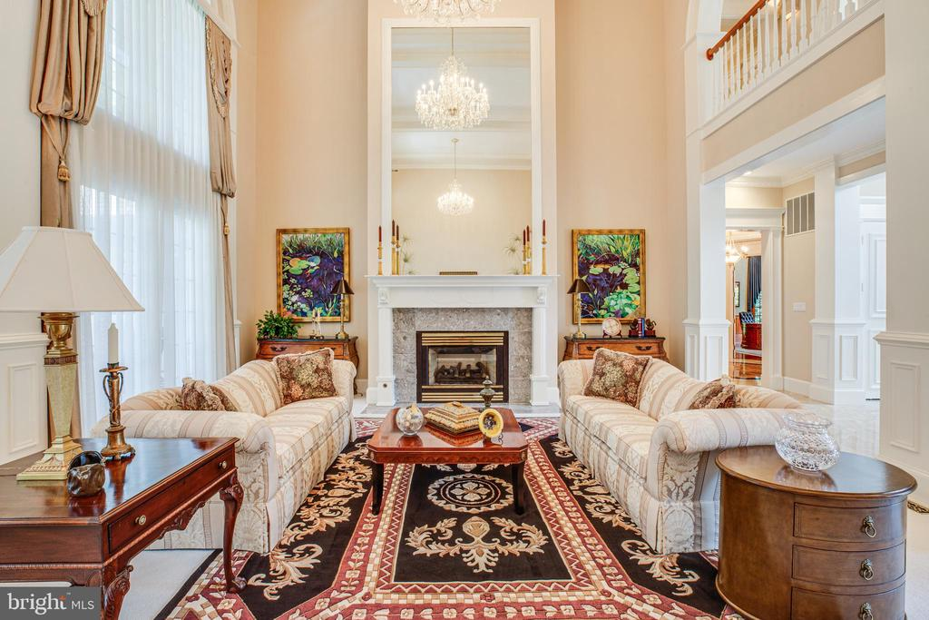 BEAUTIFUL CHANDELIERS - 11510 BALDY EWELL WAY, SPOTSYLVANIA