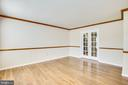 Formal Living Room opens to family room - 8 JONQUIL PL, STAFFORD
