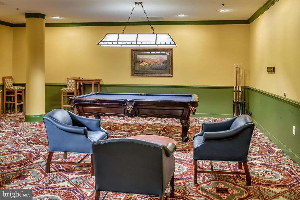 Billiard Room in LW Clubhouse - 19365 CYPRESS RIDGE TER #715, LEESBURG
