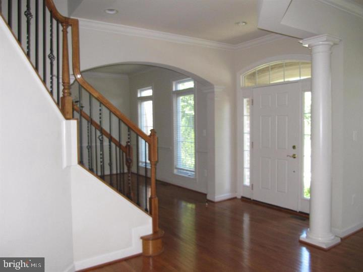 Open Foyer - 24907 PINEBROOK RD, CHANTILLY