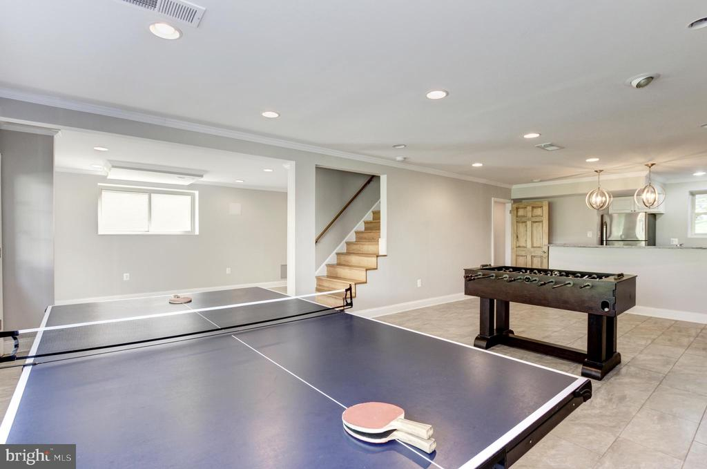 Rec room with w/walkout basement. - 7225 WESTERN AVE NW, WASHINGTON