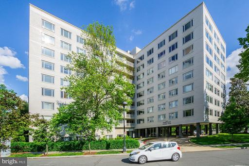 2475 VIRGINIA AVE NW #813