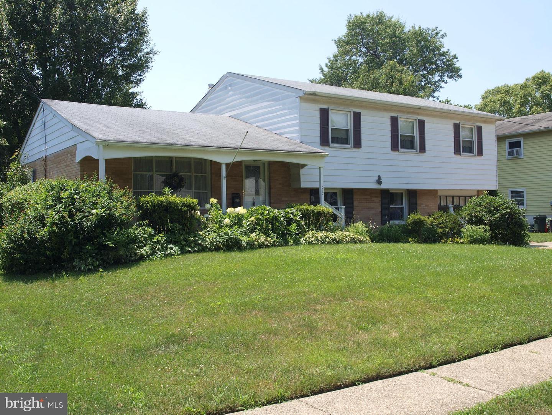 Single Family Homes för Försäljning vid Mount Ephraim, New Jersey 08059 Förenta staterna