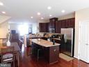 Kitchen - 45938 GRAMMERCY TER, STERLING