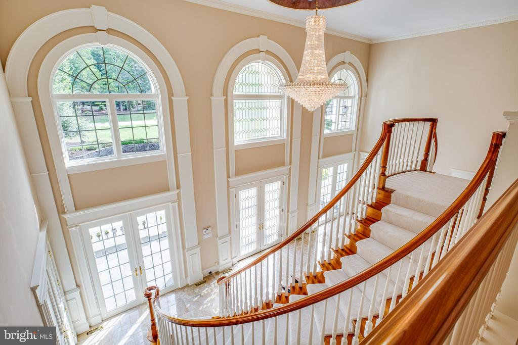 ARCHED DUAL STAIR CASES - 11510 BALDY EWELL WAY, SPOTSYLVANIA