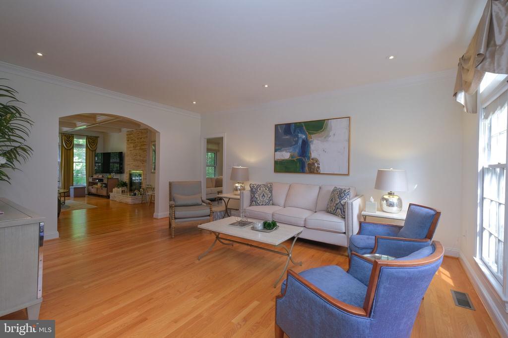 Living Room - 1129 ROUND PEBBLE LN, RESTON