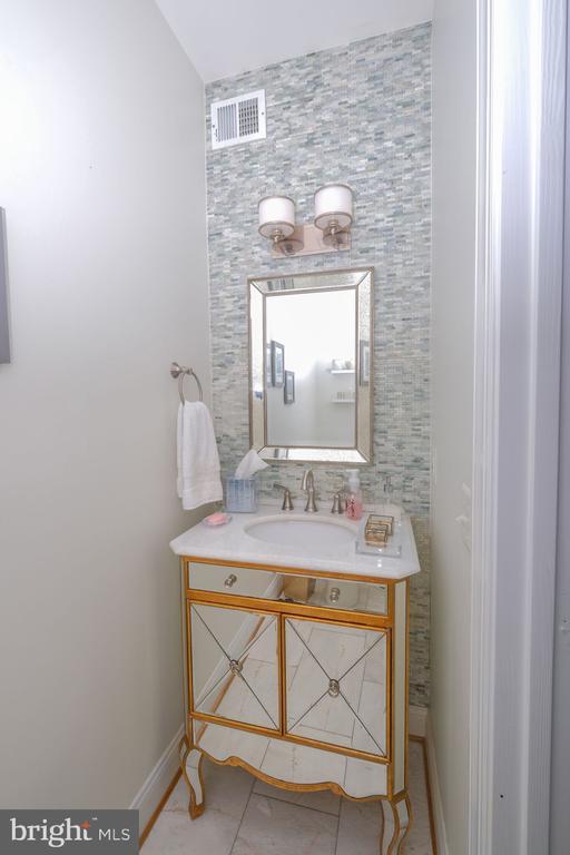 Main Level Bath - 1129 ROUND PEBBLE LN, RESTON