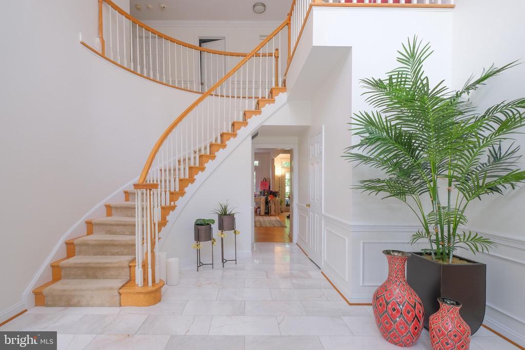 Foyer - 1129 ROUND PEBBLE LN, RESTON
