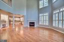 Family Room off Kitchen - 862 CENTRILLION DR, MCLEAN