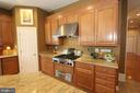 Plenty of drawers and cabinets - 4303 SARATOGA SPRINGS CT, MIDDLETOWN