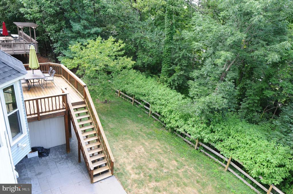 Surrounded by nature - 46432 MONTGOMERY PL, STERLING