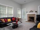 Family room - 6912 WINTER LN, ANNANDALE