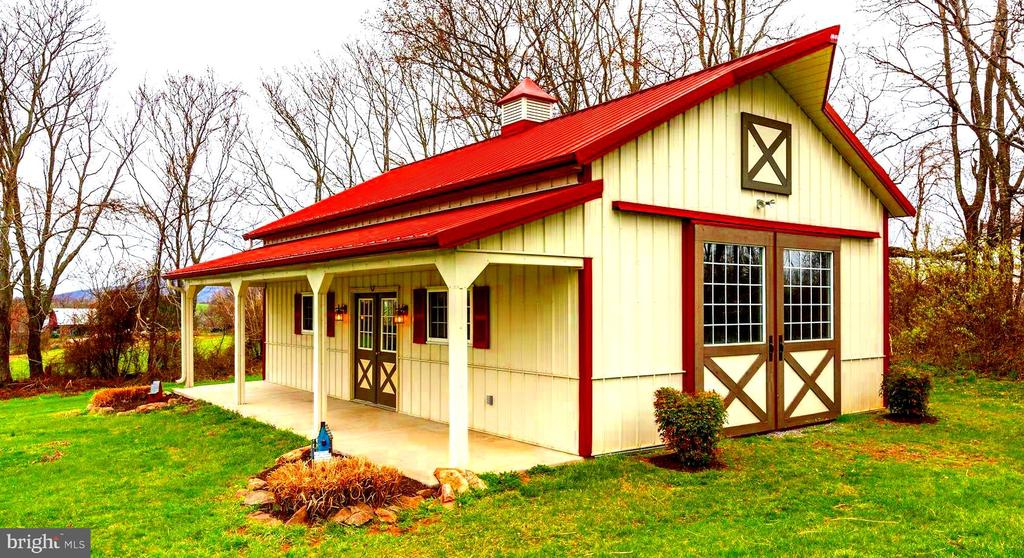 Morton Building with Covered Porch - 22910 PEACH TREE RD, CLARKSBURG