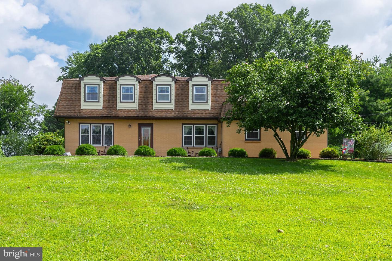Single Family Homes für Verkauf beim West Deptford, New Jersey 08066 Vereinigte Staaten