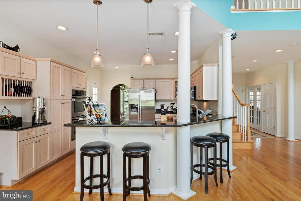 View of the Kitchen from the Breakfast Nook - 20193 BROAD RUN DR, STERLING
