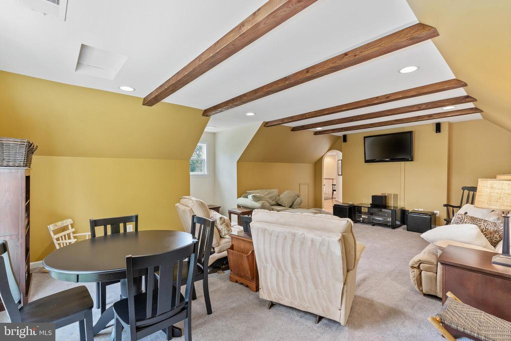 Upper level Bonus Room view from window - 20193 BROAD RUN DR, STERLING