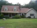 Lovely Cape Cod with inviting front porch!! - 3548 WINDING RD, PARTLOW