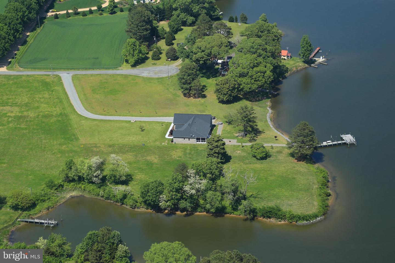 Single Family Homes for Sale at Kilmarnock, Virginia 22482 United States