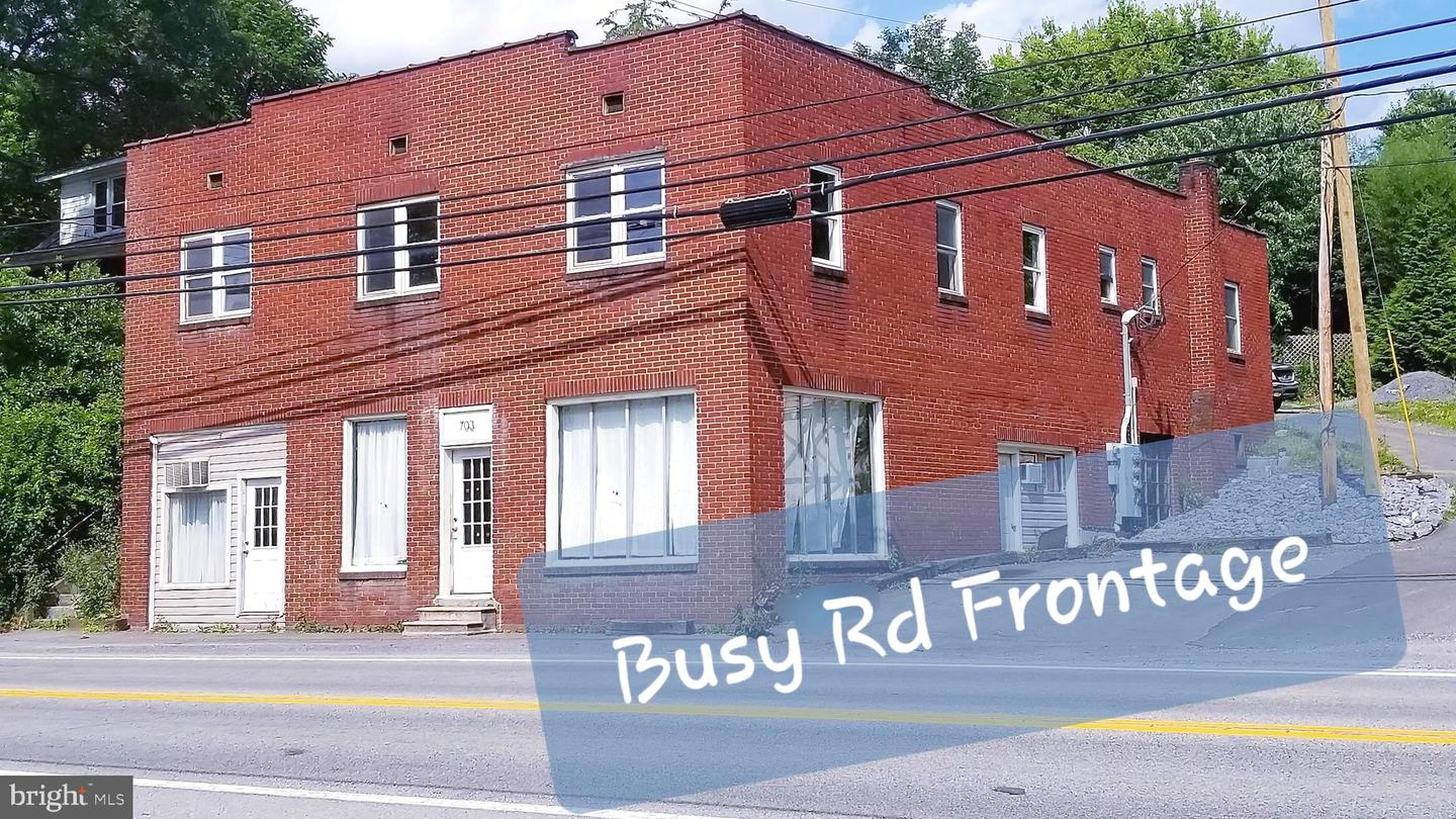 Additional photo for property listing at  Berkeley Springs, West Virginia 25411 United States
