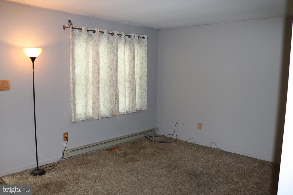 Living Room - 11336 WHEELER RD, SPOTSYLVANIA