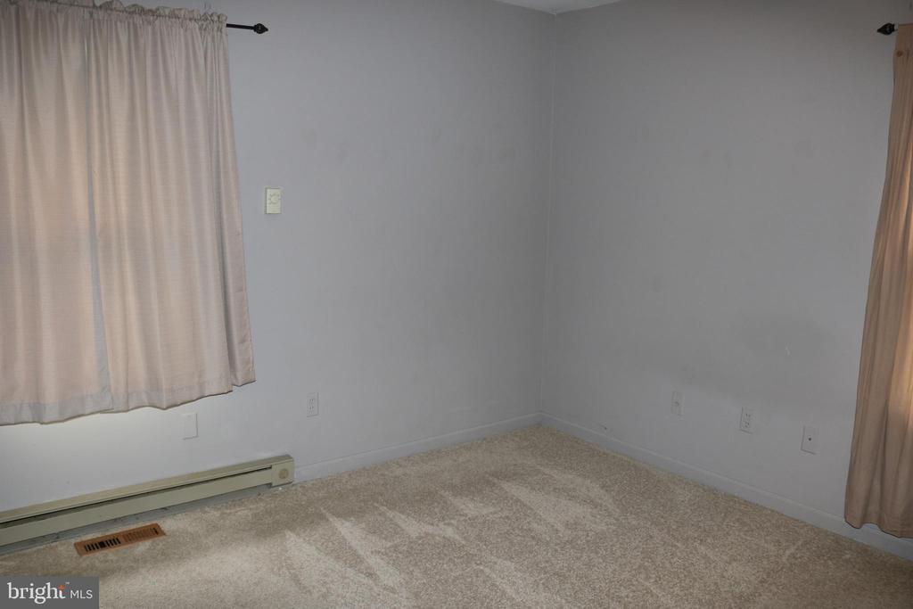 Master Bedroom - 11336 WHEELER RD, SPOTSYLVANIA