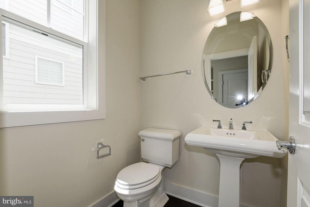 Powder room. - 10106 DICKENS AVE, BETHESDA