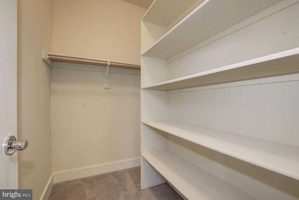 3 walk-in closets in Master Suite. - 10106 DICKENS AVE, BETHESDA