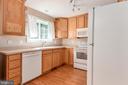 Plenty of cabinet storage in apartment - 2843 GARRISONVILLE RD, STAFFORD