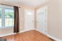 Two entry ways to apartment at family room - 2843 GARRISONVILLE RD, STAFFORD