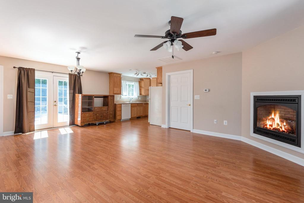 Apartment has a slider door to walk to large deck - 2843 GARRISONVILLE RD, STAFFORD