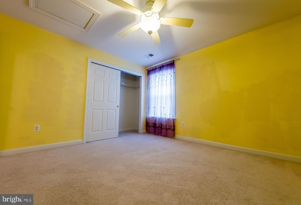 second bedroom - 18494 QUANTICO GATEWAY DR, TRIANGLE