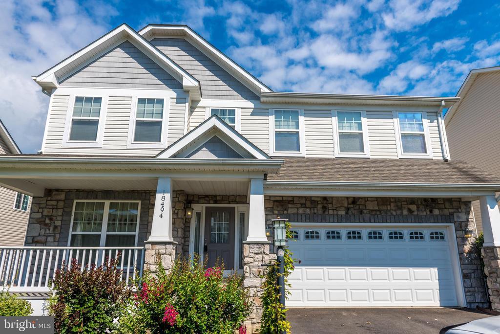 Front Porch, 4 Bedroom, 4 Bathroom 3940 SF House - 18494 QUANTICO GATEWAY DR, TRIANGLE