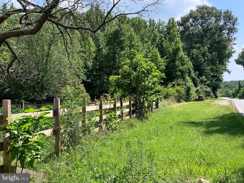 Arazi için Satış at Glen Burnie, Maryland 21060 Amerika Birleşik Devletleri