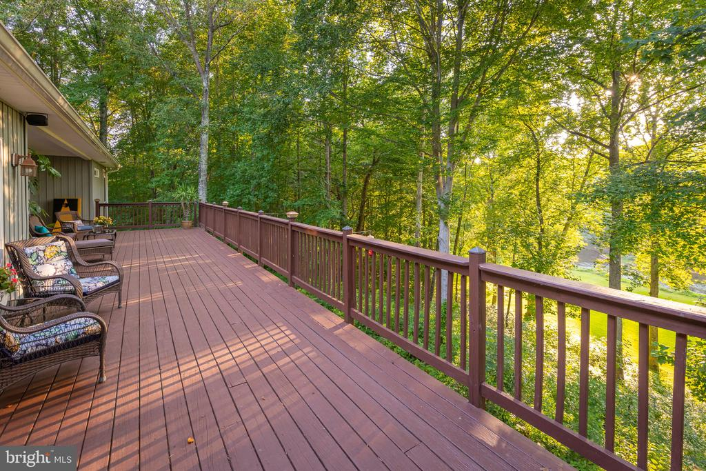 River Views from the Entire Deck! - 1205 SPOTSWOOD DR, LOCUST GROVE