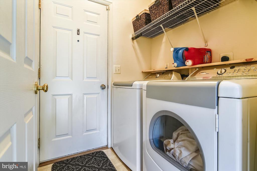 Main Level Laundry Room - 9309 MICHAEL CT, MANASSAS PARK