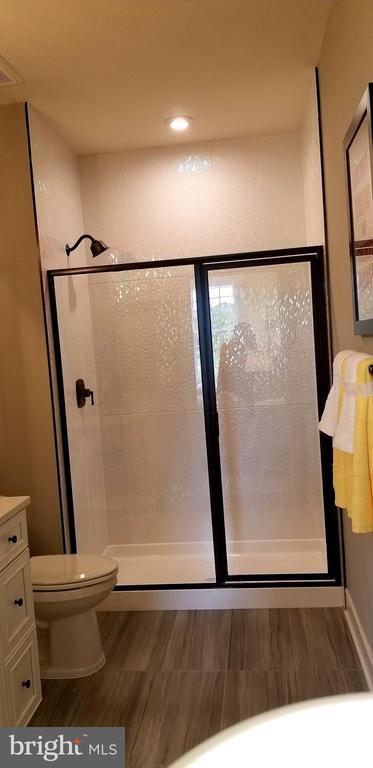 Third Bathroom - 600 W K ST, PURCELLVILLE