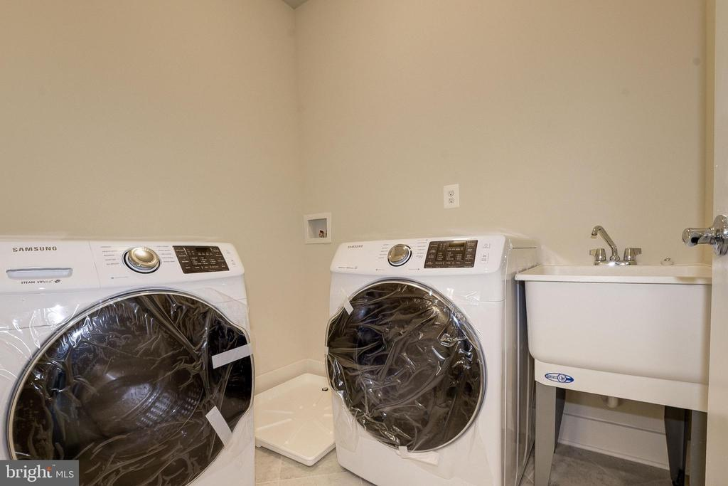Upstairs Laundry Room (Brand New Washer/Dryer) - 10106 DICKENS AVE, BETHESDA
