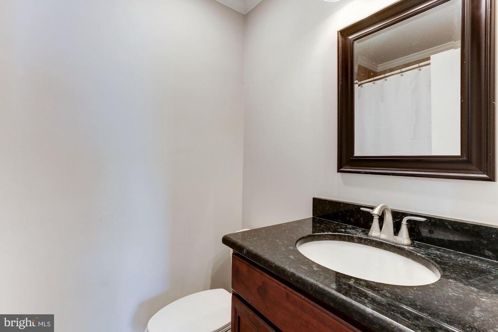 Full Bathroom #2 - Beautifully Upgraded - 12335 COLERAINE CT, RESTON