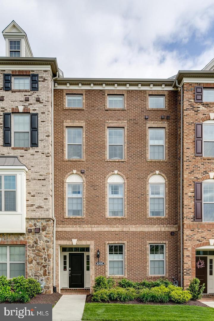 Photo of 43110 INDIA WHARF SQ, ASHBURN, VA 20148