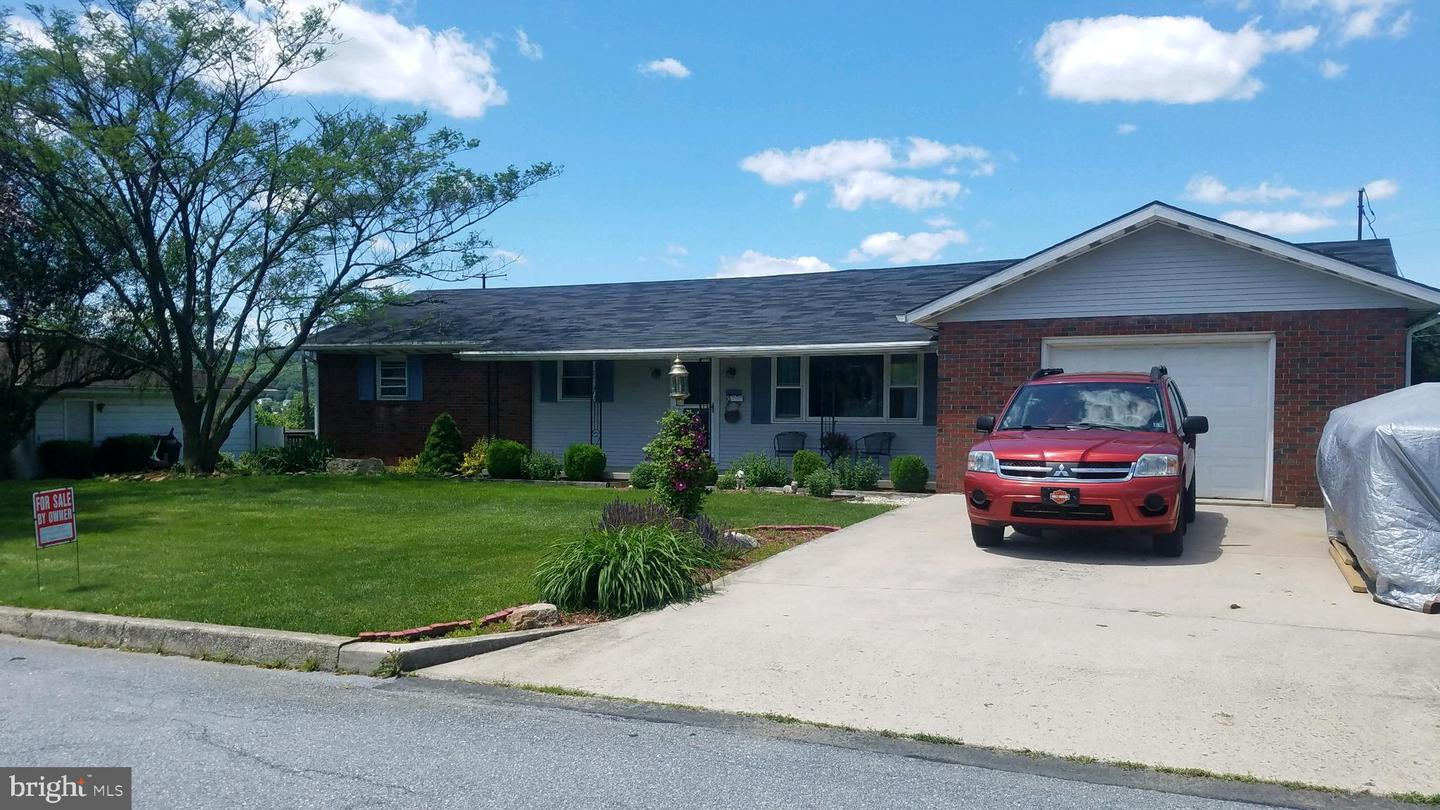 Single Family Homes for Sale at Cressona, Pennsylvania 17929 United States