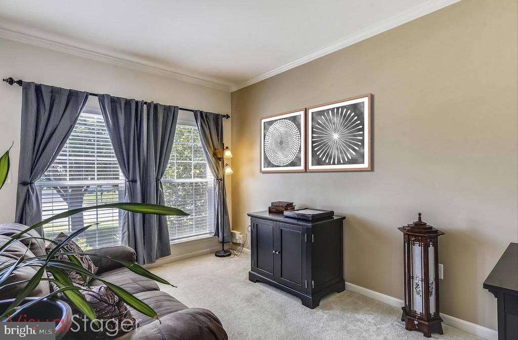 Formal Living room - 9309 MICHAEL CT, MANASSAS PARK