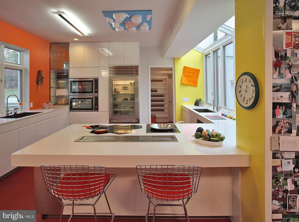 Kitchen - 12820 RIVER RD, POTOMAC