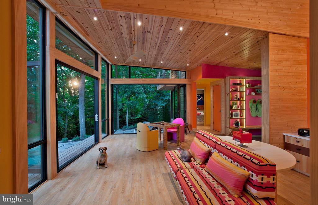 Cabin Interior - 12820 RIVER RD, POTOMAC
